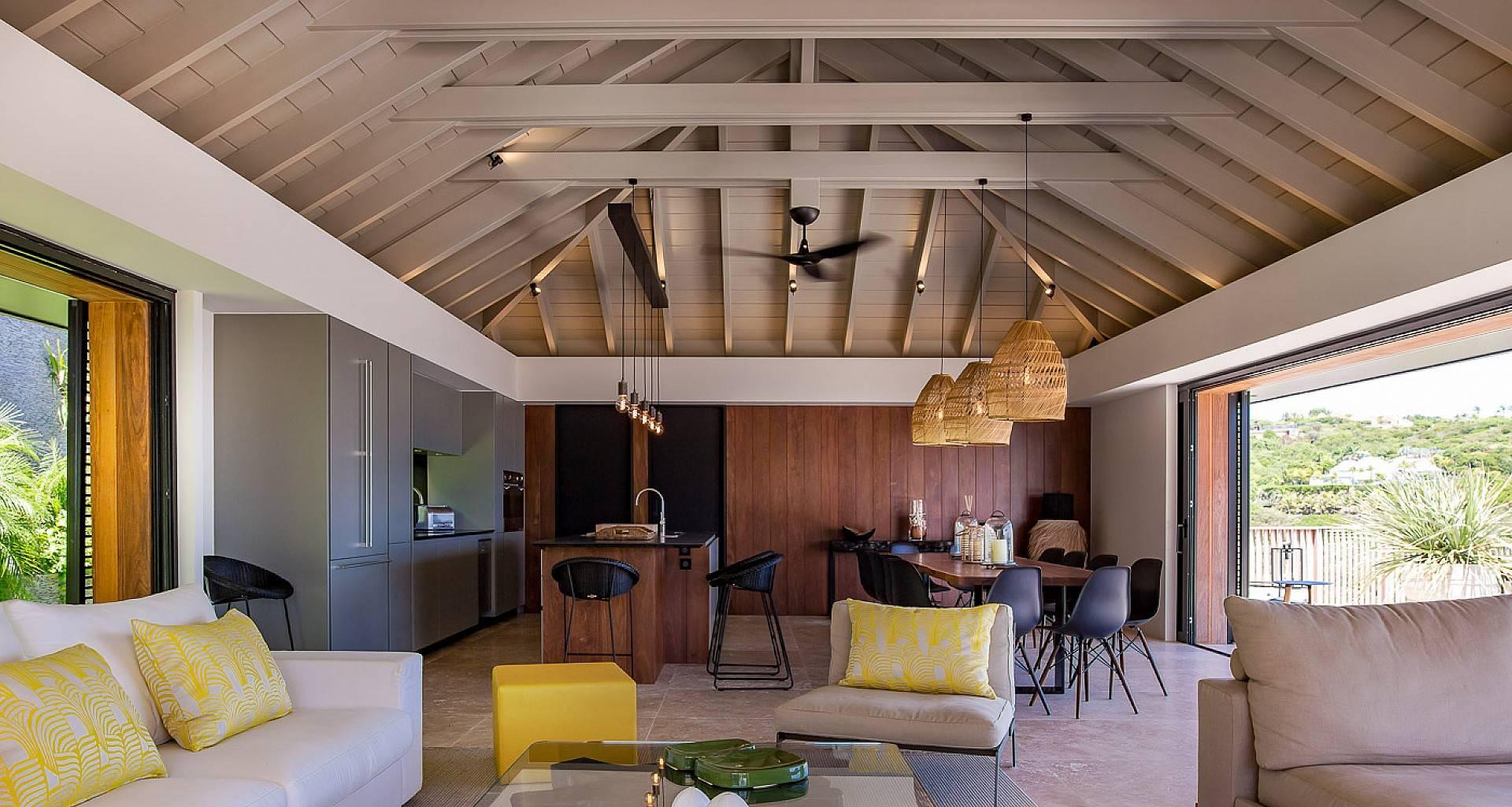 Villa Blackstone Living Area