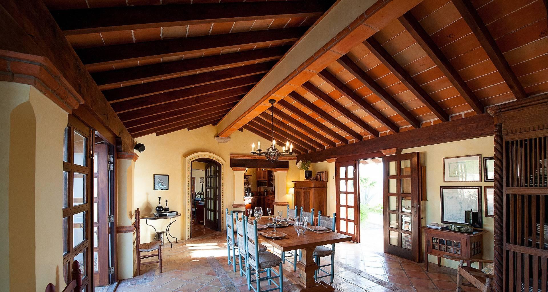 Villa Maison Mexicaine Dining Area