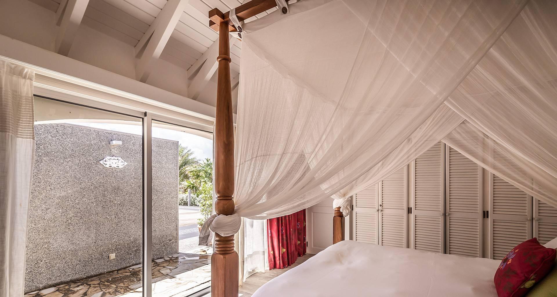 Villa La Vie en Rose Bedroom 5