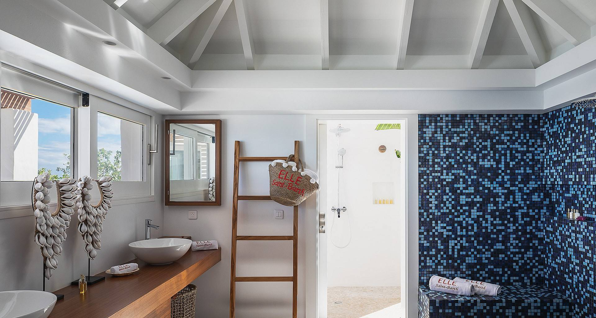 Villa Elle Bedroom 2
