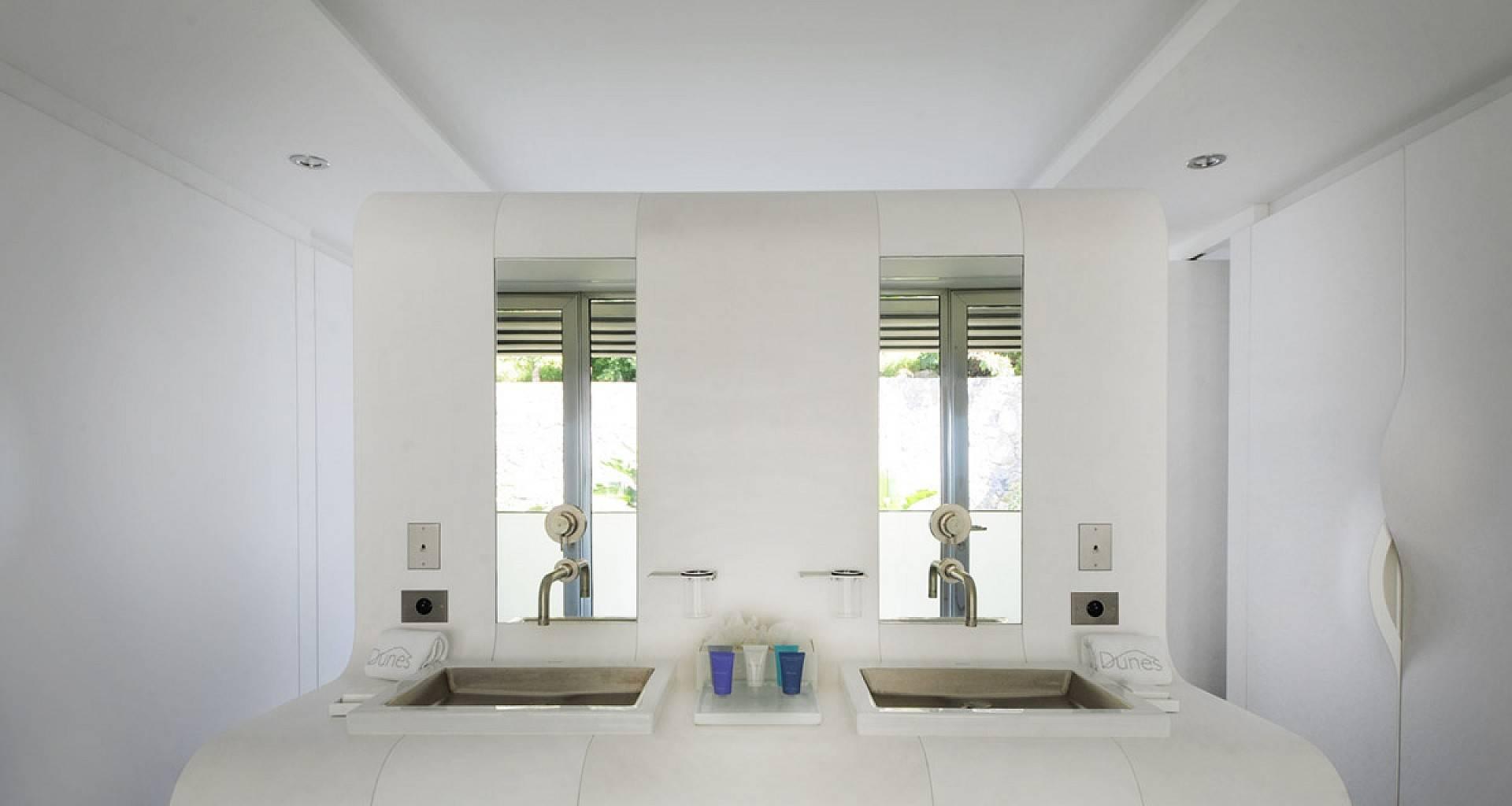Villa Dunes Bedroom 2