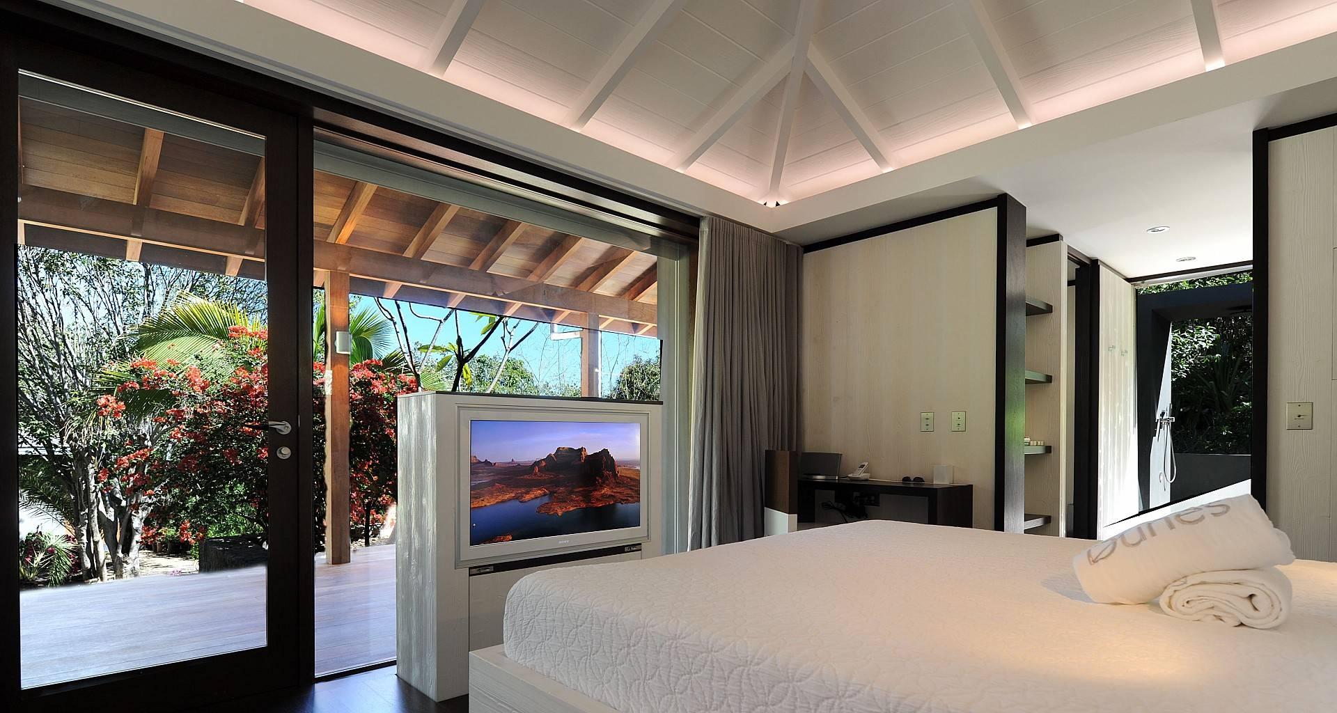 Villa Dunes Bedroom 6
