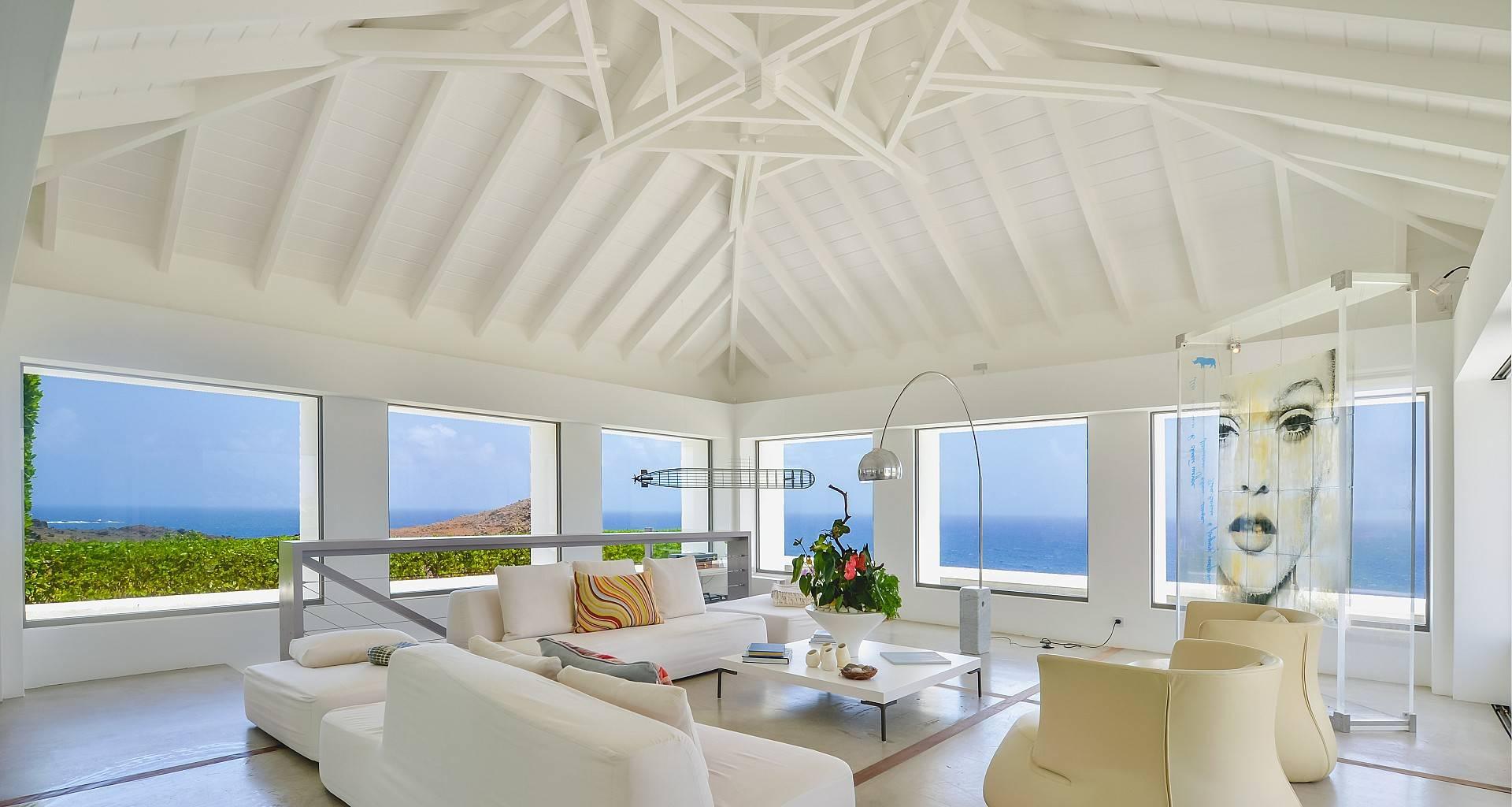 Villa Casa del Mar Living Area