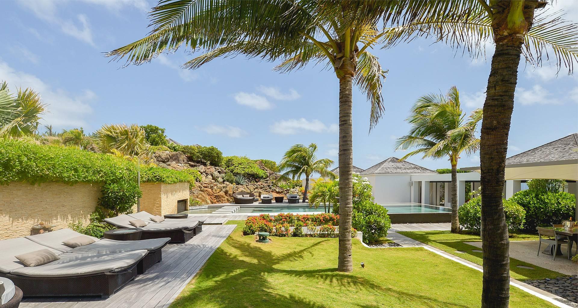 Villa Casa del Mar Outside
