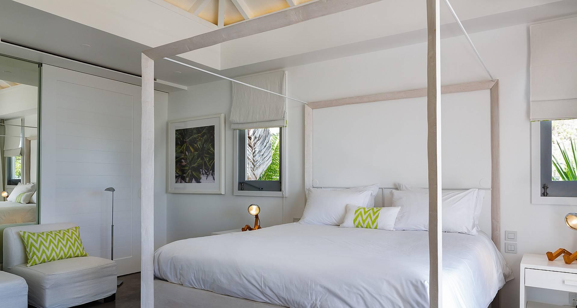 Villa Olive Bedroom 2