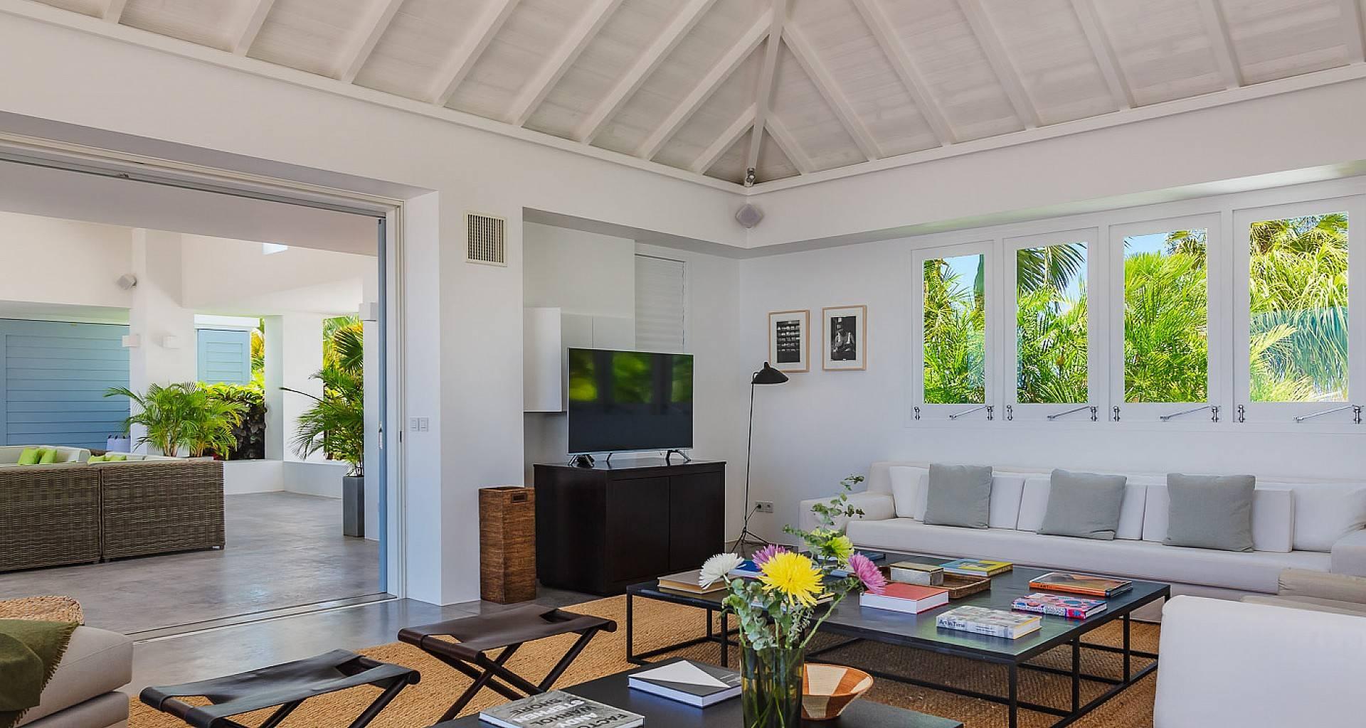 Villa Olive Living Area