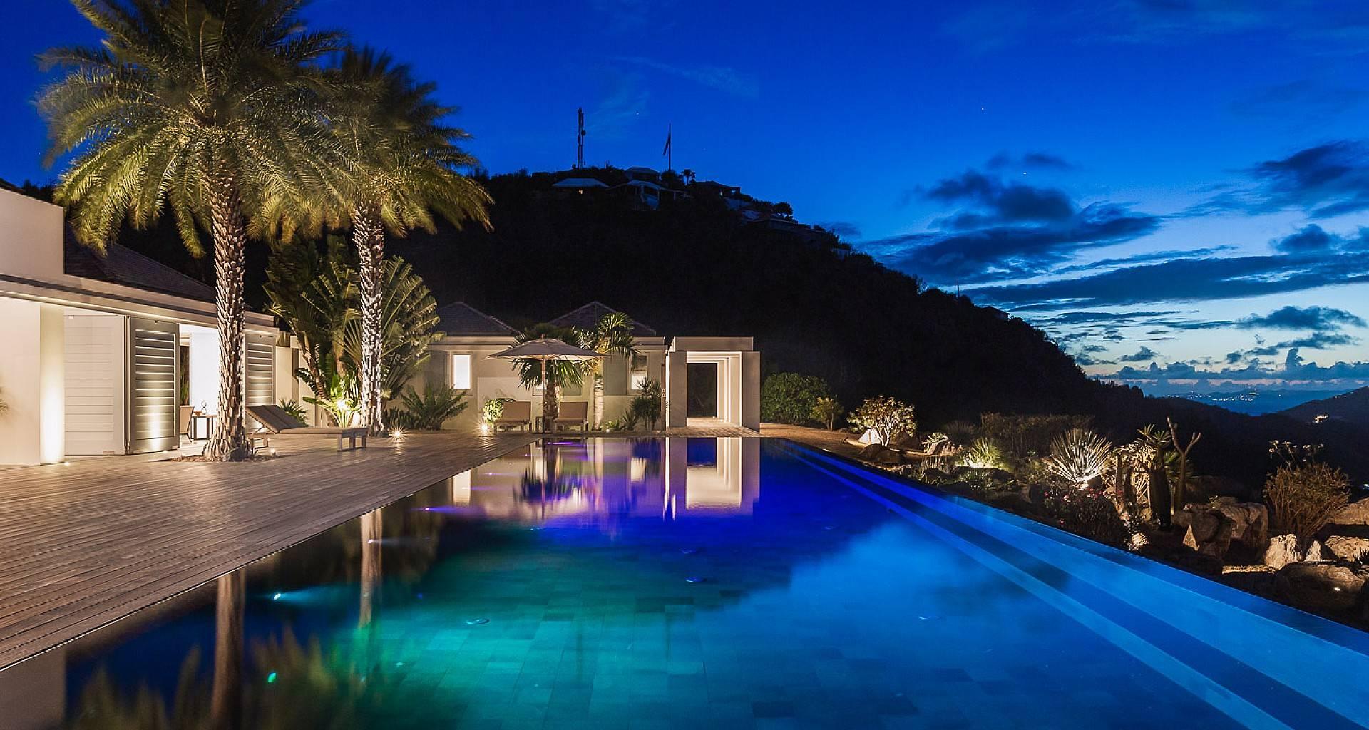 Villa Olive Outside