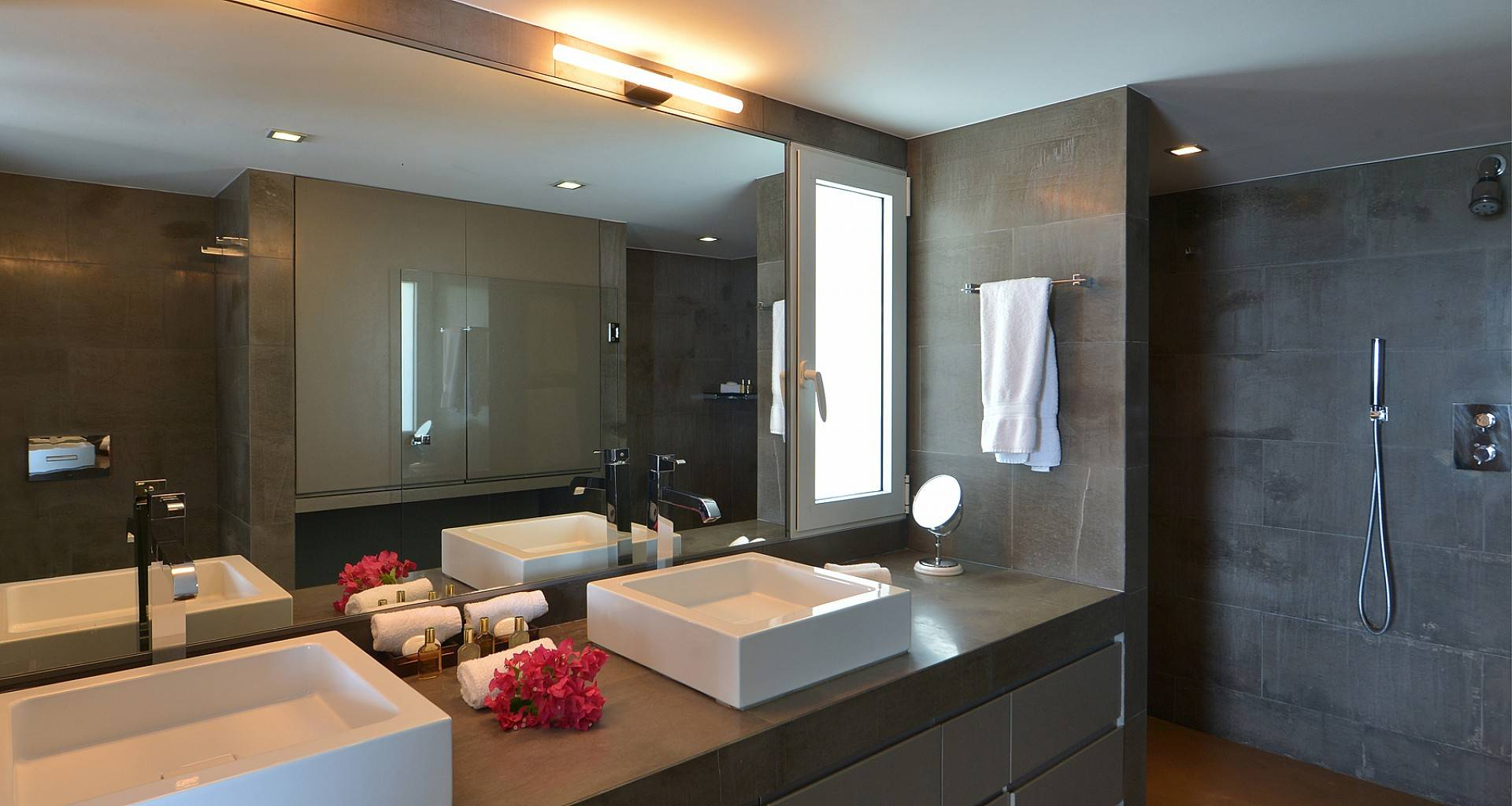 Villa Alphane Bedroom