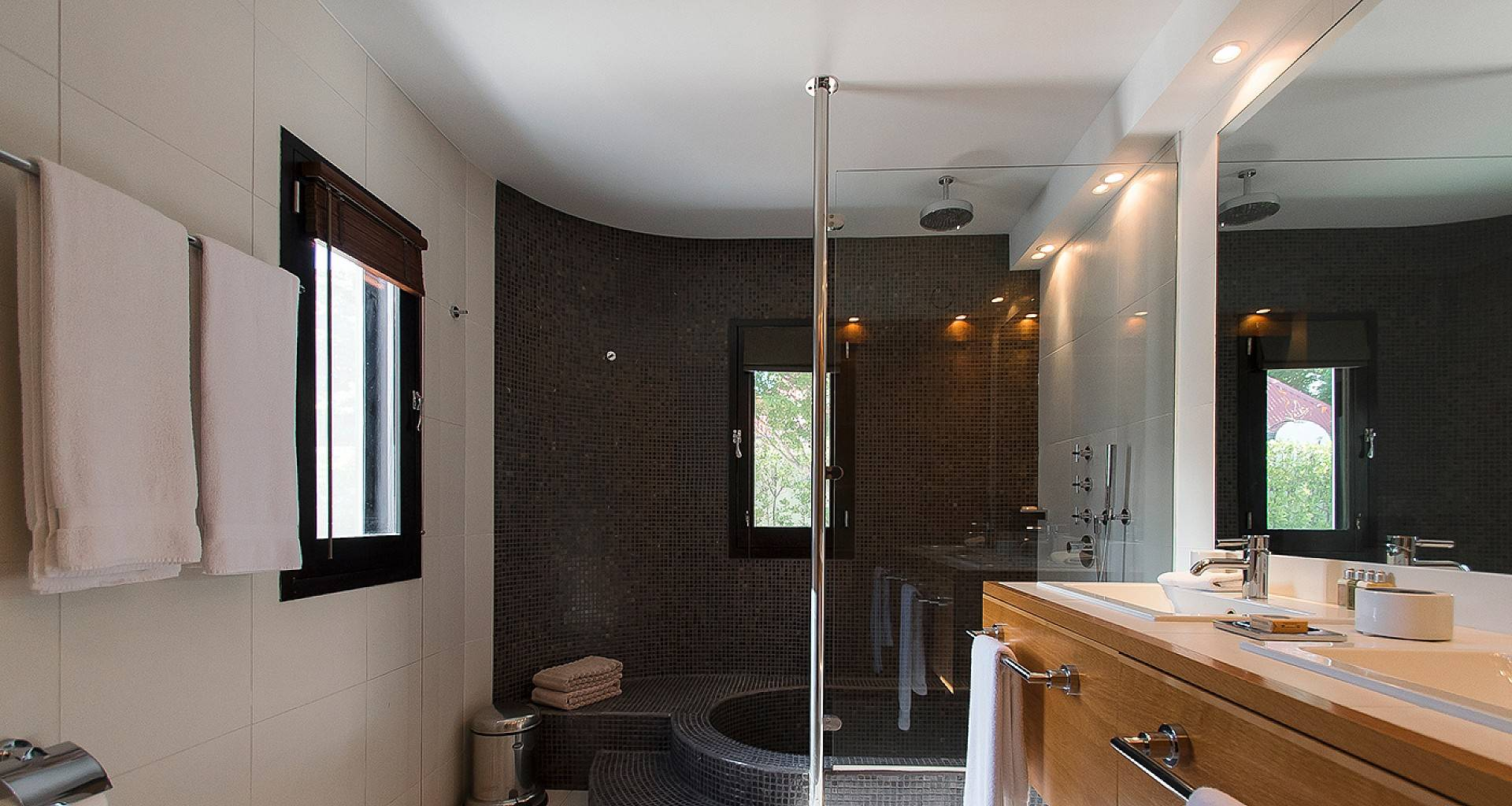 Villa BOM Bedroom 2