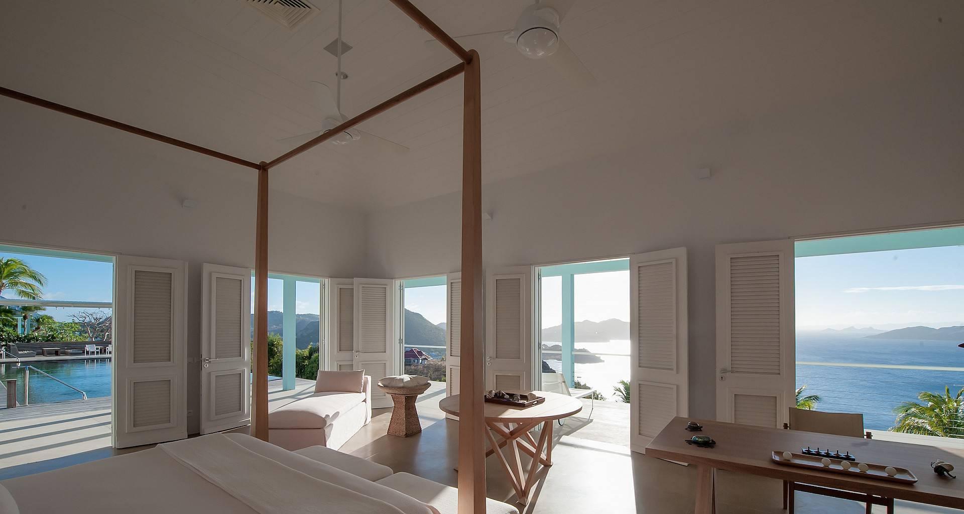 Villa Hill House Bedroom 1