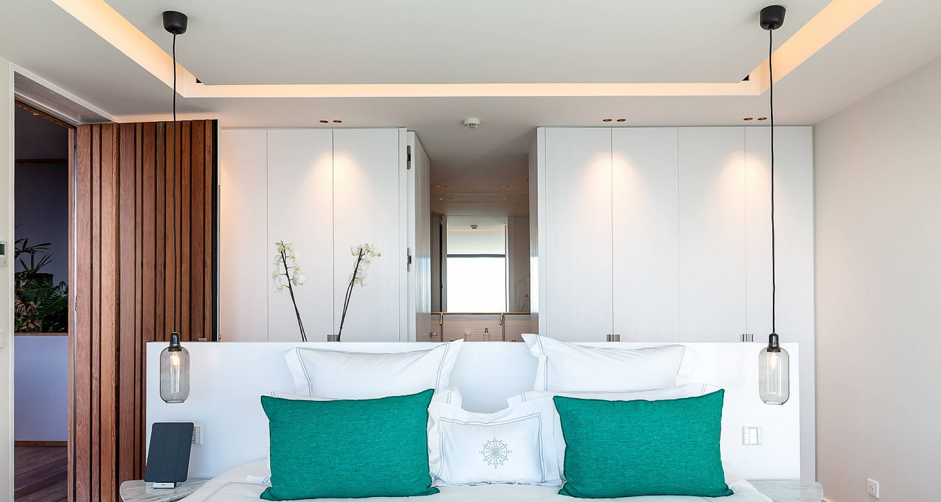 Villa June Bedroom 5