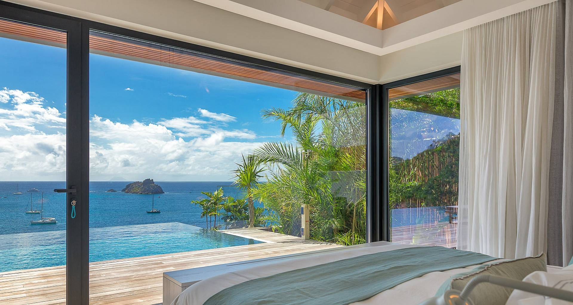 Villa June Bedroom 3