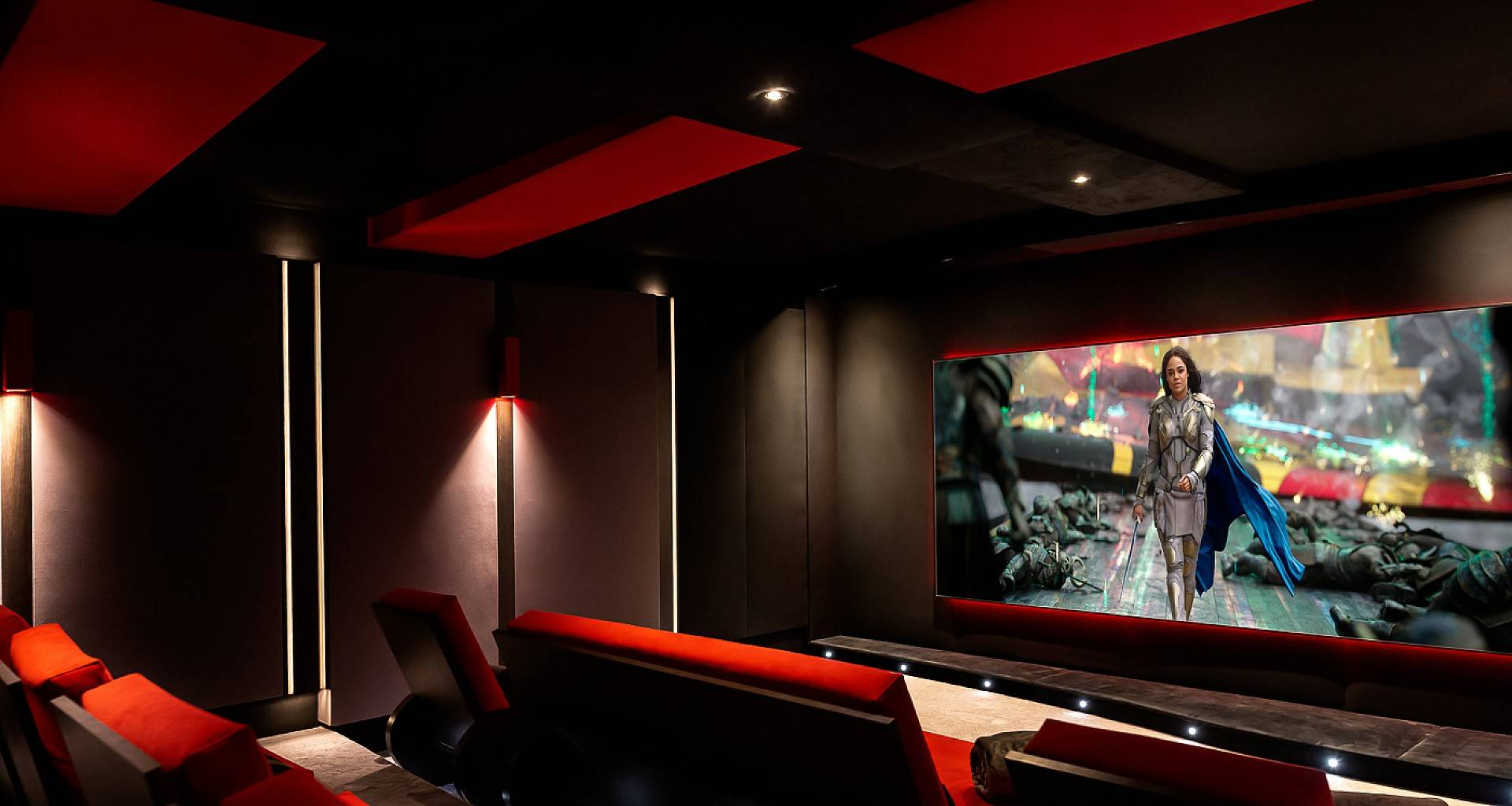 Villa June Home Cinema
