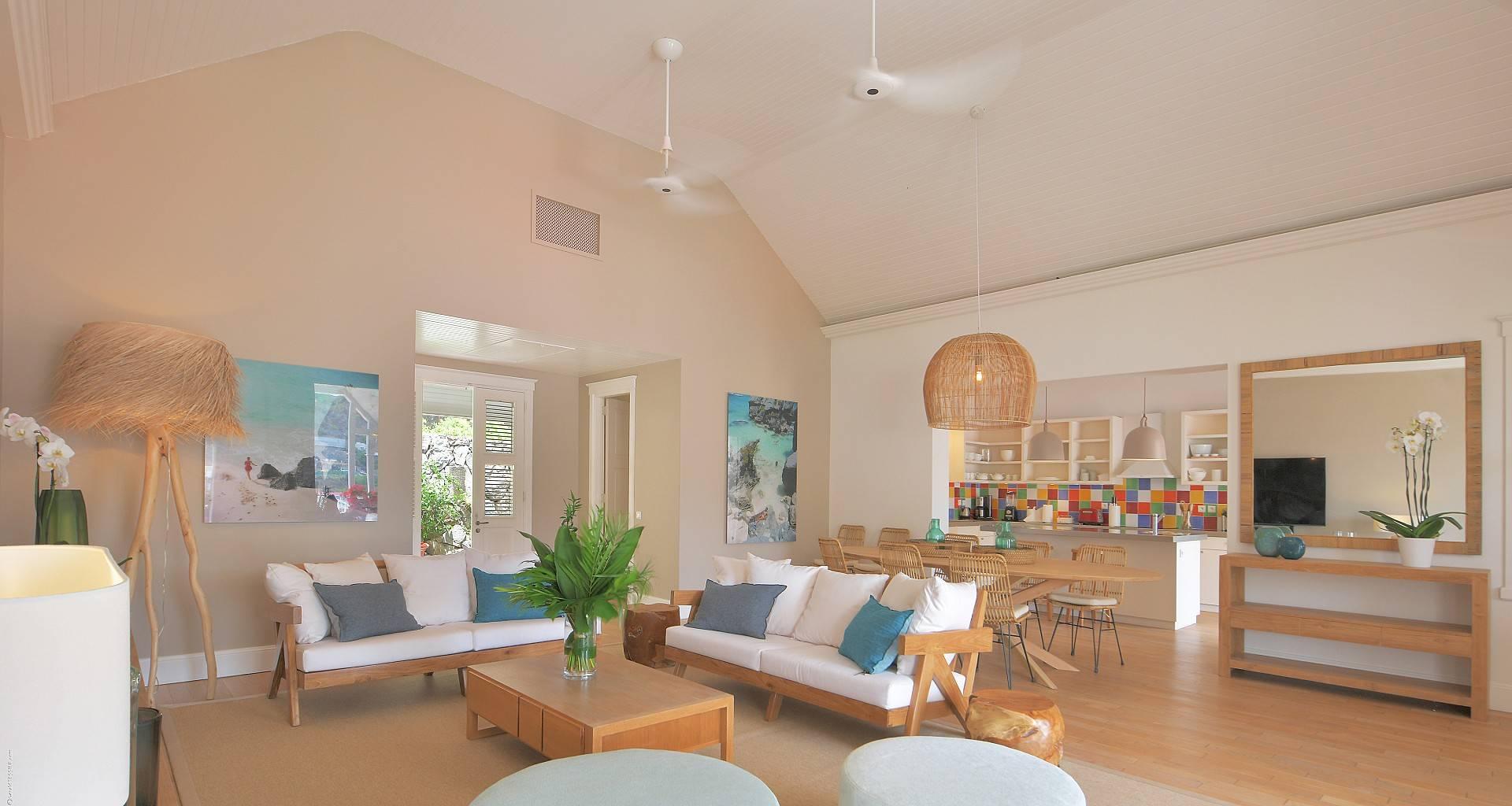 Villa Gustavia Views Living Area