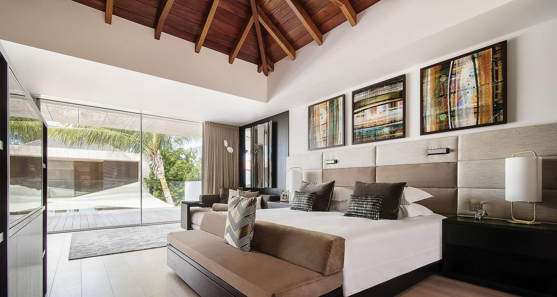 Villa Wake Up Bedroom 2