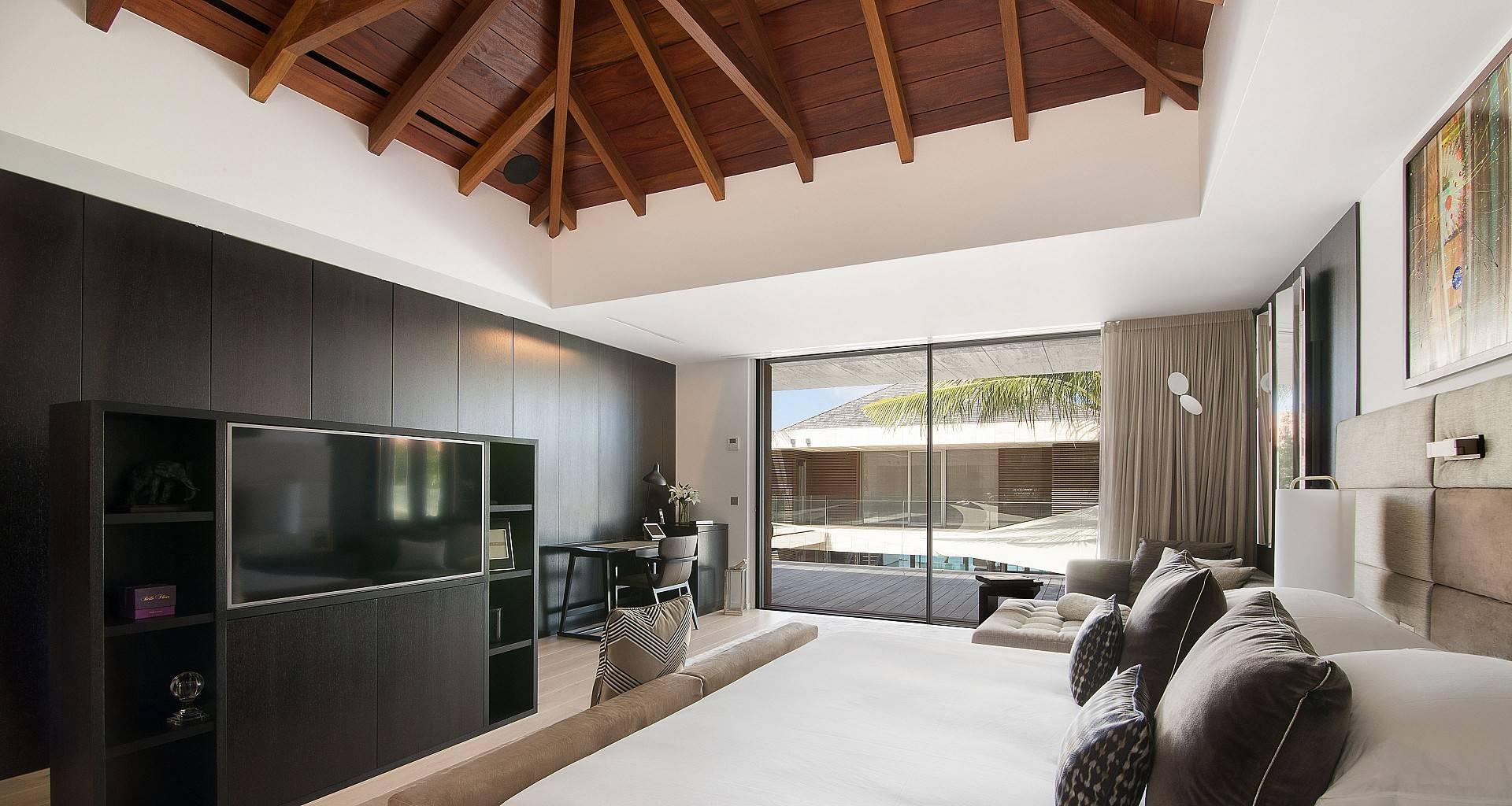 Villa Wake Up Bedroom 3