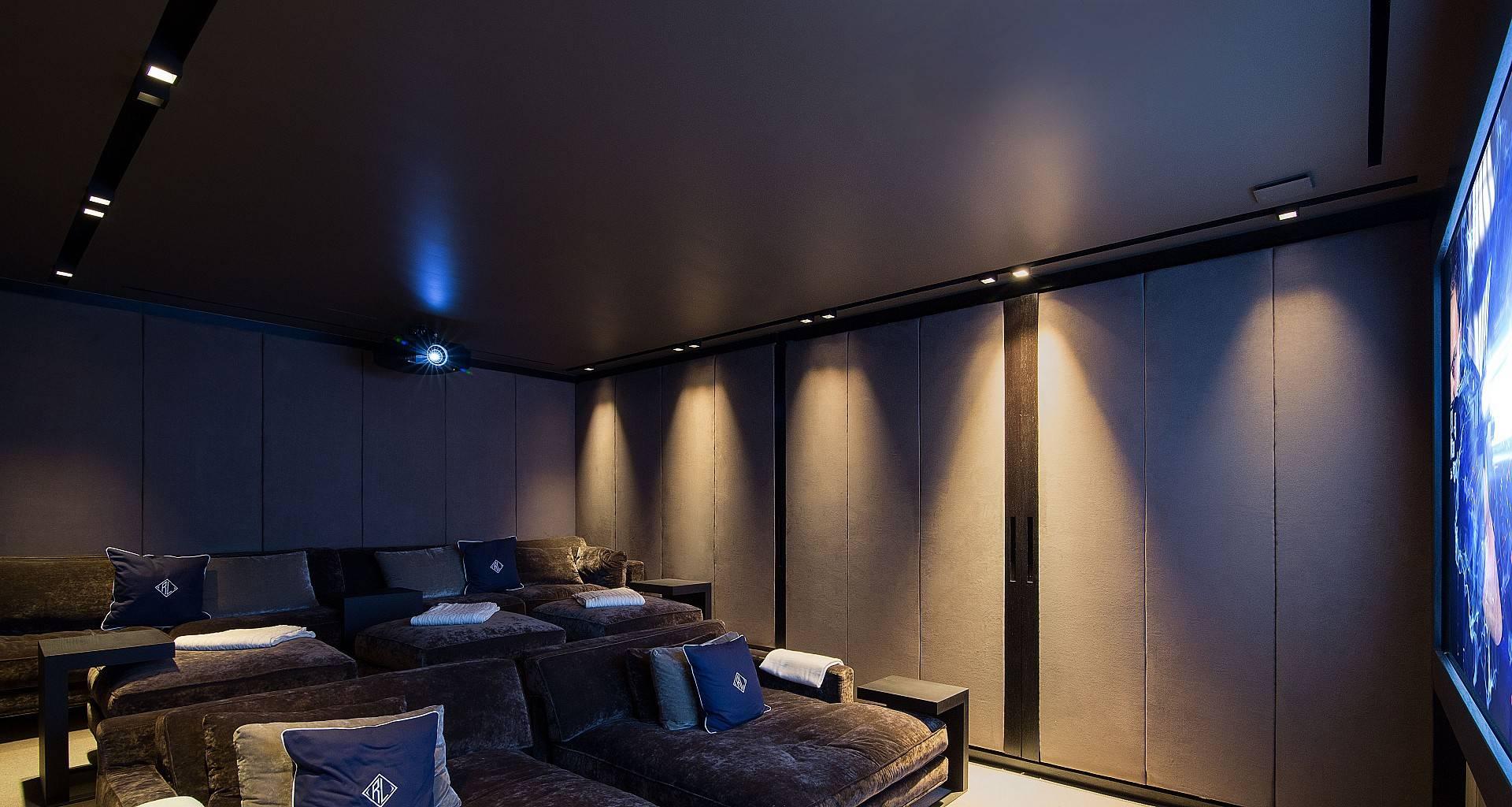 Villa Wake Up Home Cinema