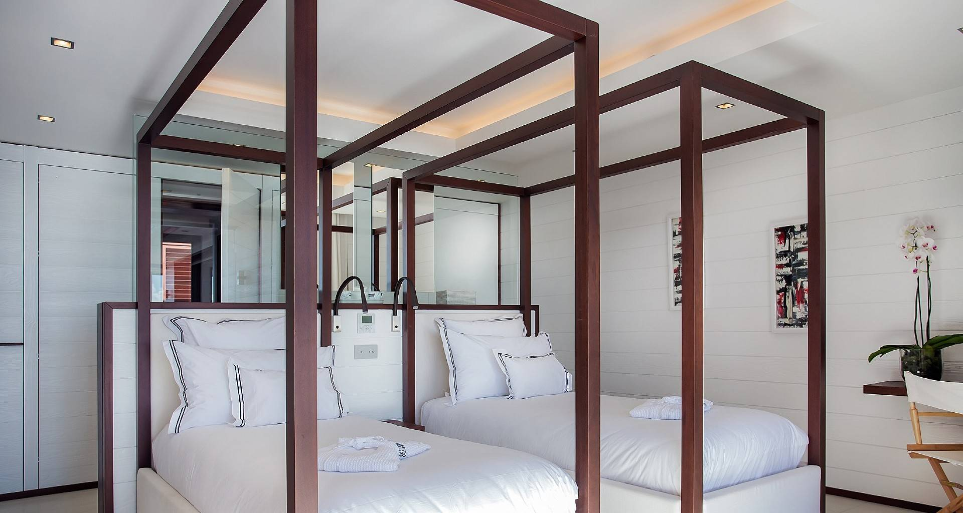 Villa Maison Blanc Bleu Bedroom 4