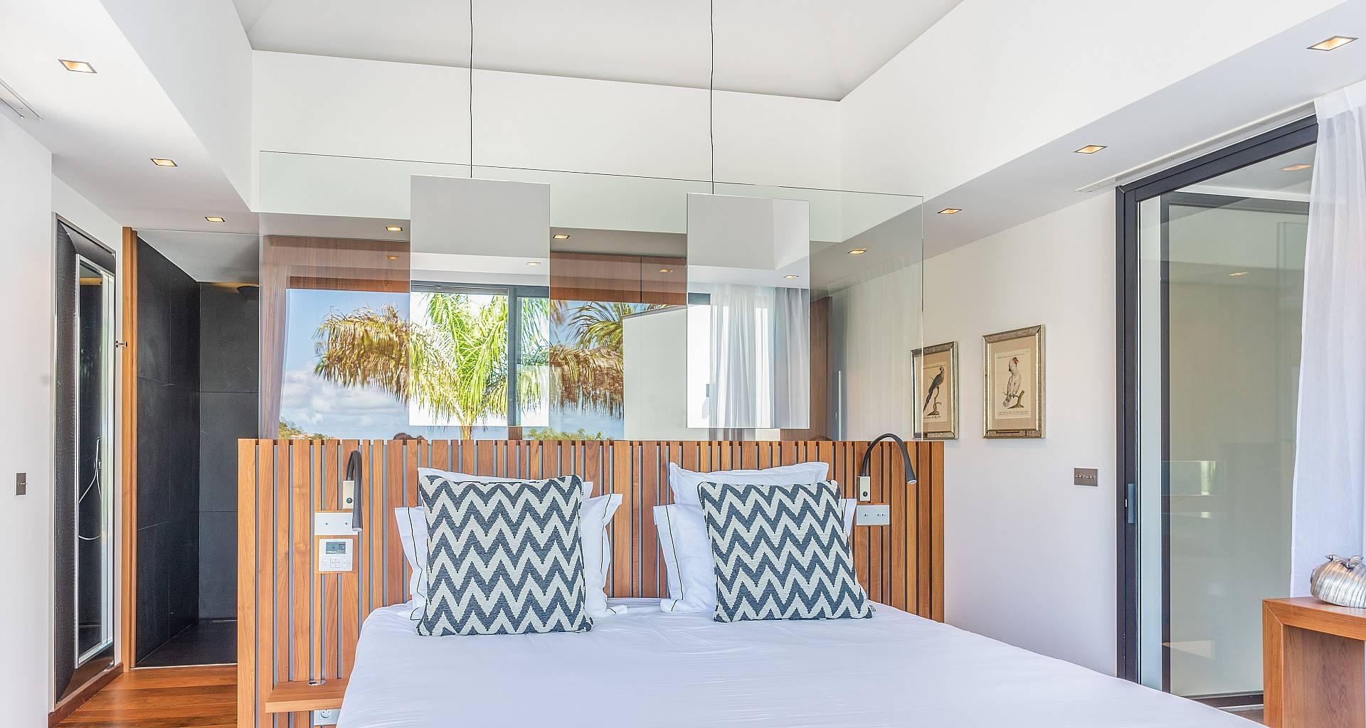 Villa Golden Palm Bedroom 2