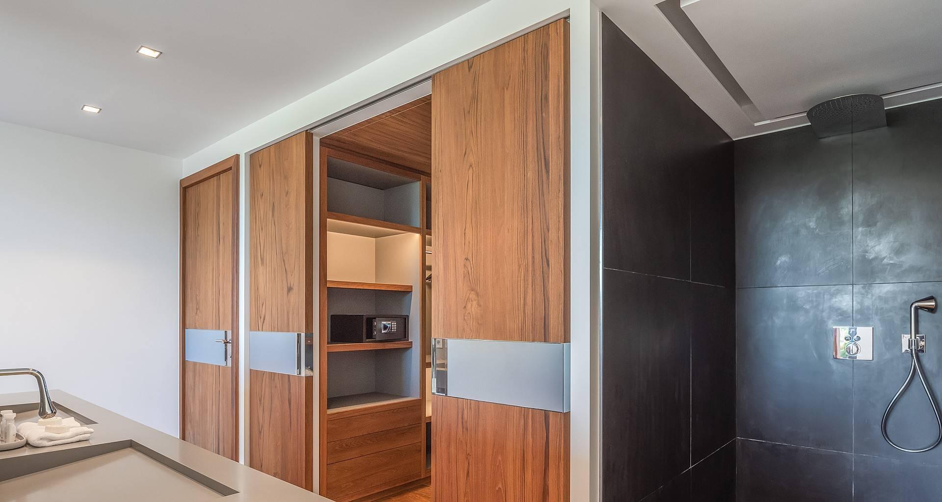 Villa Golden Palm Bedroom 4