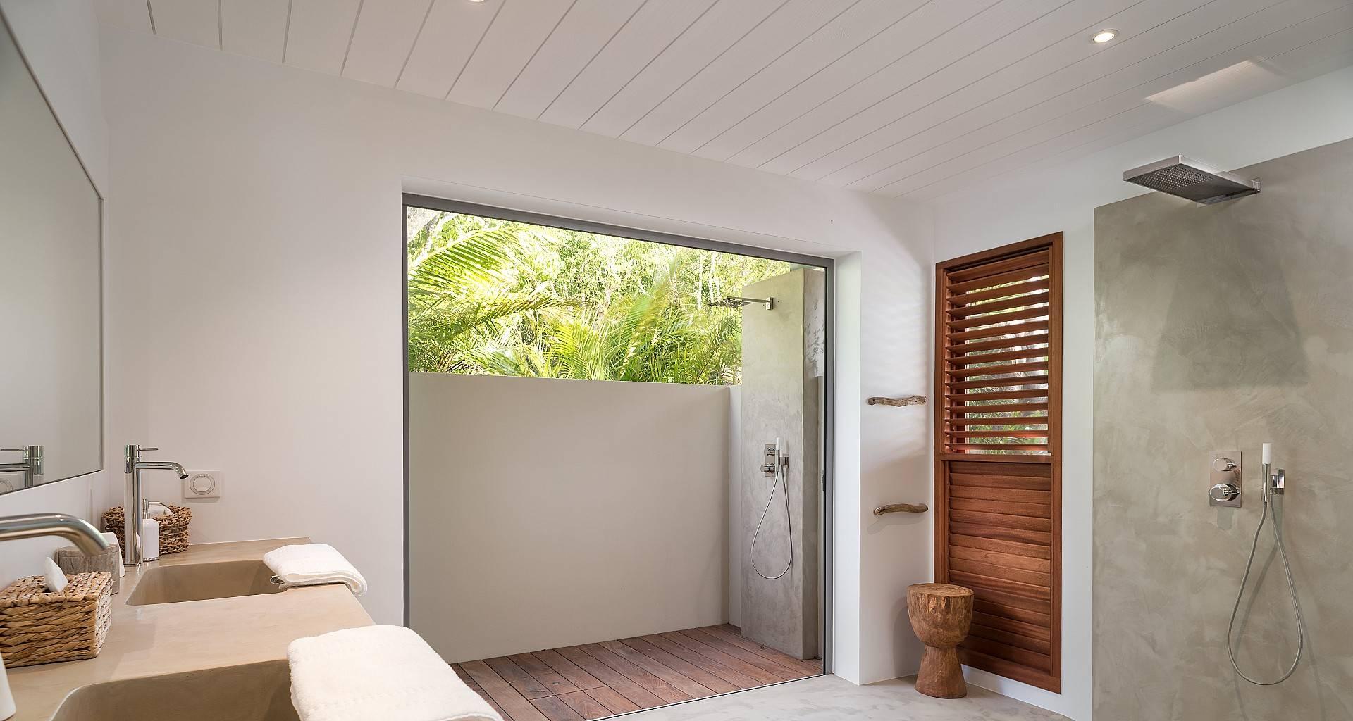 Villa Ixfalia Bedroom 4